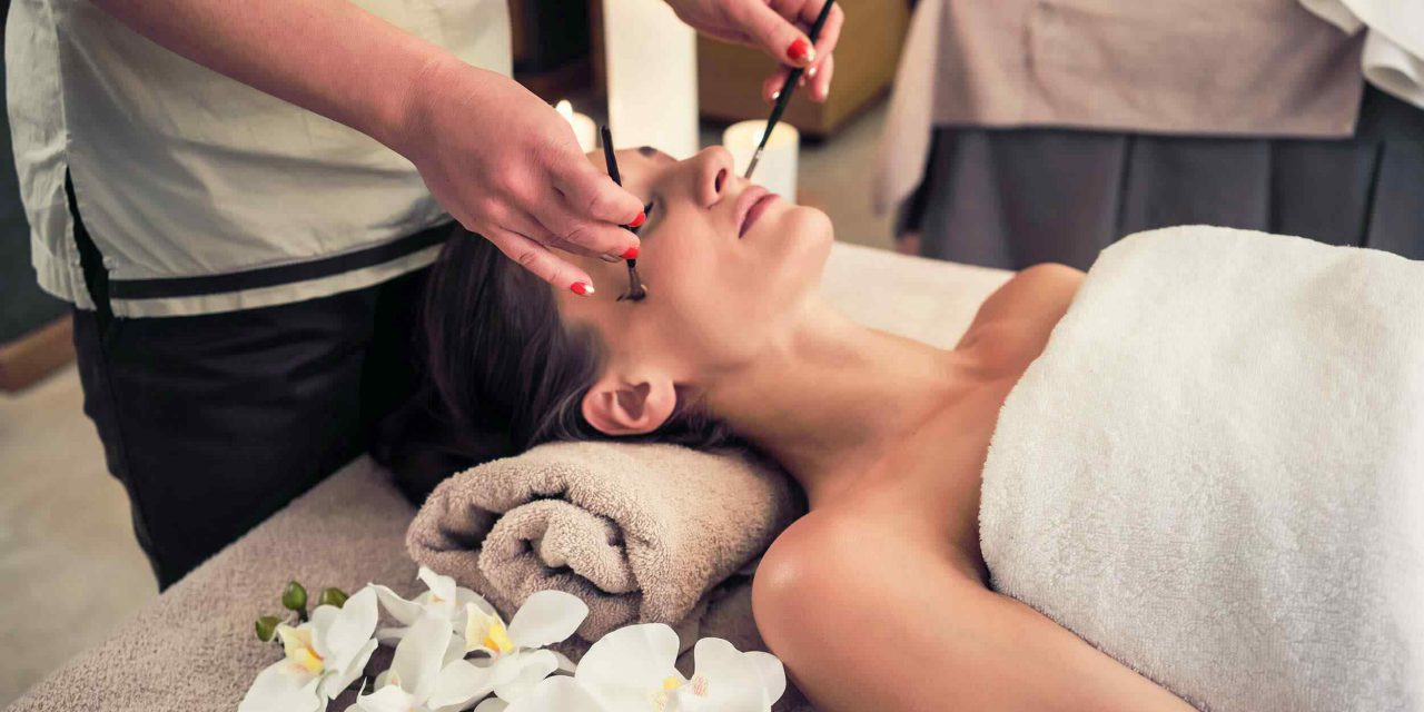 http://ritassalonandspa.co/wp-content/uploads/2018/10/spa-treatment-11-1280x640.jpg
